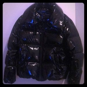 Kendall and Kylie black puffy jacket size med